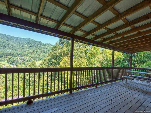 293 Mattie Marion Road, Waynesville, NC 28785 (#3548172) :: The Andy Bovender Team