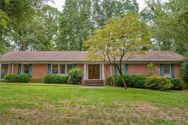 1207 Rogers Lake Road, Kannapolis, NC 28081 (#3548327) :: Keller Williams Biltmore Village
