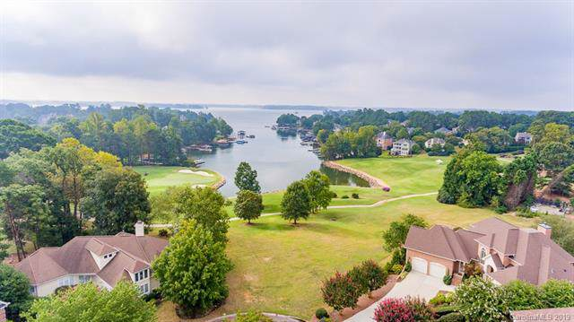 17300 Cove View Court, Cornelius, NC 28031 (#3548464) :: MartinGroup Properties