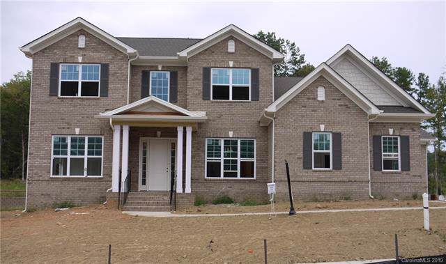 18532 Doves Crest Road, Cornelius, NC 28031 (#3549880) :: Robert Greene Real Estate, Inc.