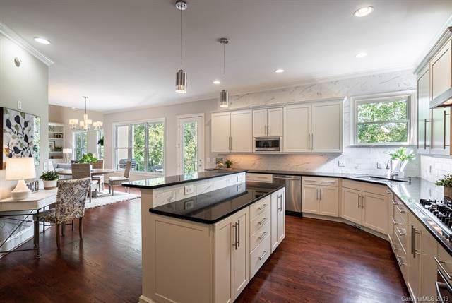 1015 Sedgewood Place Court, Charlotte, NC 28211 (#3550332) :: Scarlett Property Group