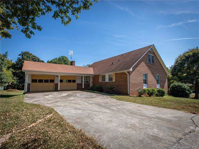 530 Holland Drive, Statesville, NC 28677 (#3552224) :: LePage Johnson Realty Group, LLC