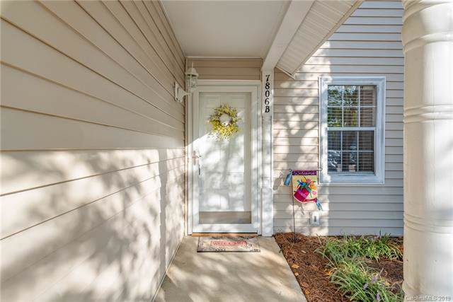 7806 Renaissance Court B, Charlotte, NC 28226 (#3552486) :: Charlotte Home Experts