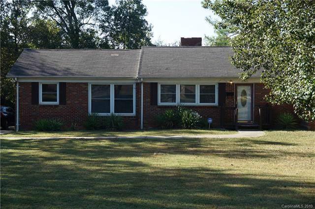 5301 Manning Road, Charlotte, NC 28269 (#3552554) :: Robert Greene Real Estate, Inc.