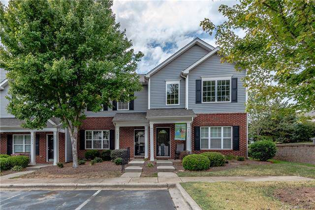 3035 Summerfield Ridge Lane, Matthews, NC 28105 (#3554888) :: Rinehart Realty