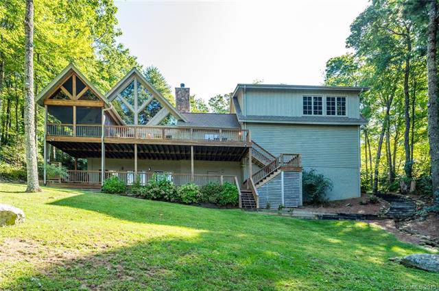 637 Hawk Mountain Road, Lake Toxaway, NC 28747 (#3554890) :: BluAxis Realty