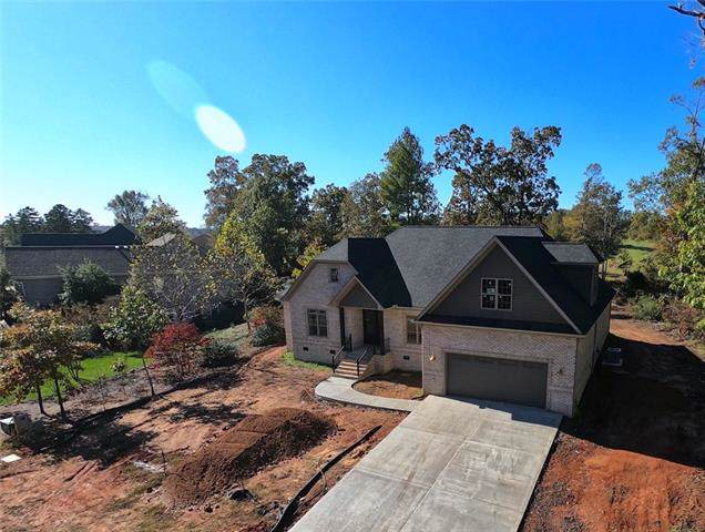 649 Players Ridge Road, Hickory, NC 28601 (#3555010) :: RE/MAX RESULTS