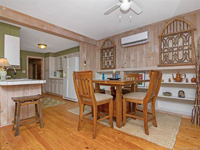 1255 Connestee Trail, Brevard, NC 28712 (#3555627) :: Washburn Real Estate