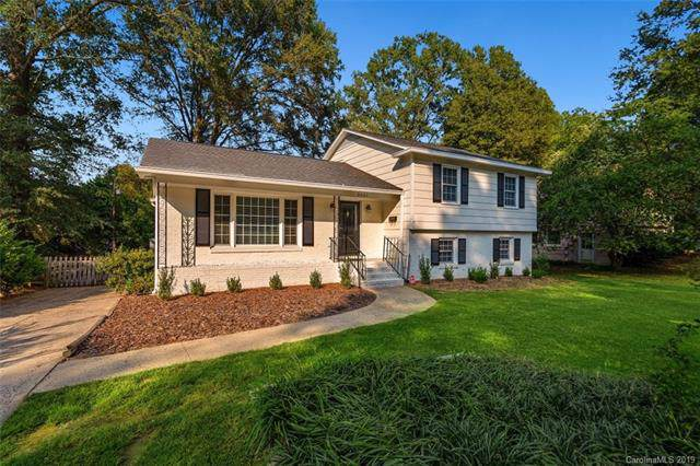 3507 Round Oak Road, Charlotte, NC 28210 (#3555989) :: Stephen Cooley Real Estate Group