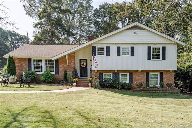 3310 Tinkerbell Lane, Charlotte, NC 28210 (#3556077) :: Team Honeycutt
