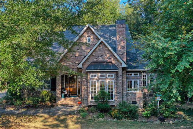 2600 Greenmont Circle, Belmont, NC 28012 (#3556126) :: Odell Realty