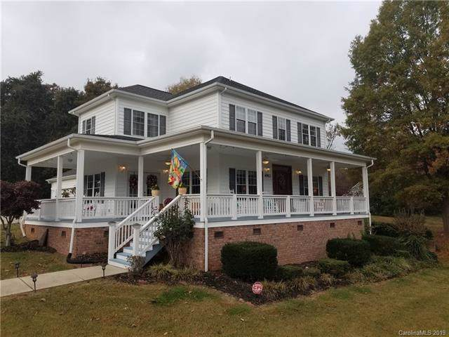 4913 Moonlite Bay Drive, Sherrills Ford, NC 28673 (#3556199) :: LePage Johnson Realty Group, LLC