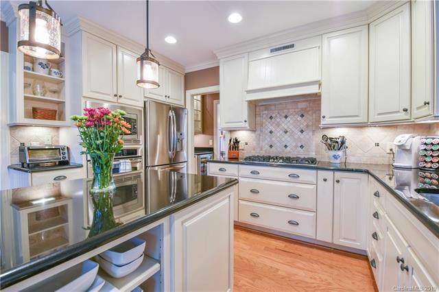 8816 Lizzie Lane, Huntersville, NC 28078 (#3556219) :: MartinGroup Properties