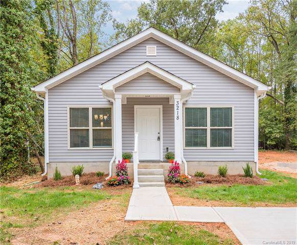 3218 Amay James Avenue, Charlotte, NC 28208 (#3556242) :: Robert Greene Real Estate, Inc.