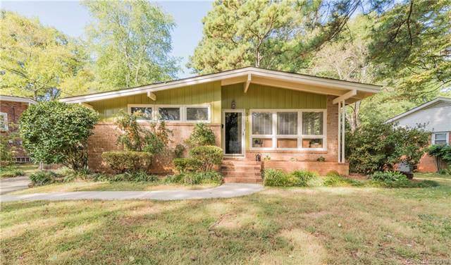 6732 Starcrest Drive, Charlotte, NC 28210 (#3558822) :: MartinGroup Properties