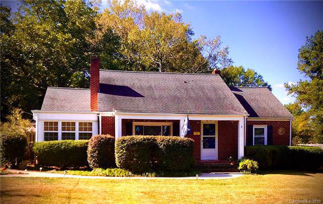 215 W 12th Street, Salisbury, NC 28144 (#3558852) :: LePage Johnson Realty Group, LLC