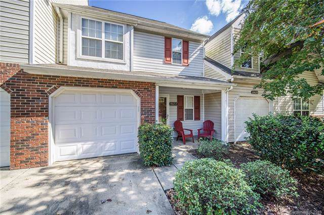 10654 Greyhound Drive, Charlotte, NC 28269 (#3559132) :: Carlyle Properties