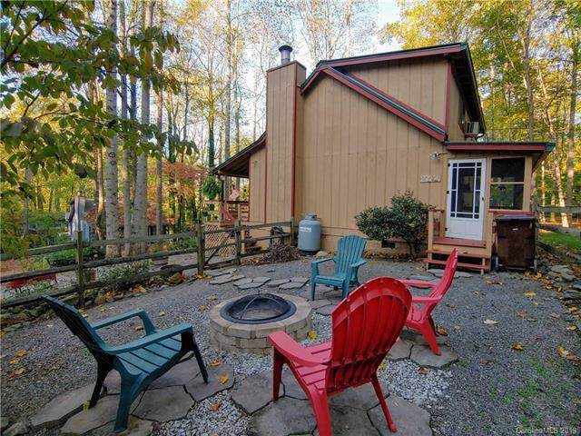 51 Gail Drive, Maggie Valley, NC 28751 (#3560782) :: Keller Williams Professionals