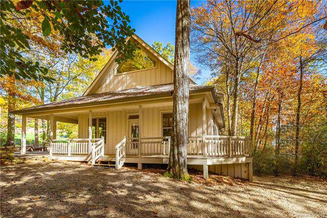 2531 West Club Boulevard, Lake Toxaway, NC 28747 (#3565179) :: Roby Realty