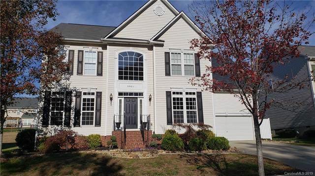 3921 Laurel Berry Lane, Huntersville, NC 28078 (#3566141) :: Cloninger Properties