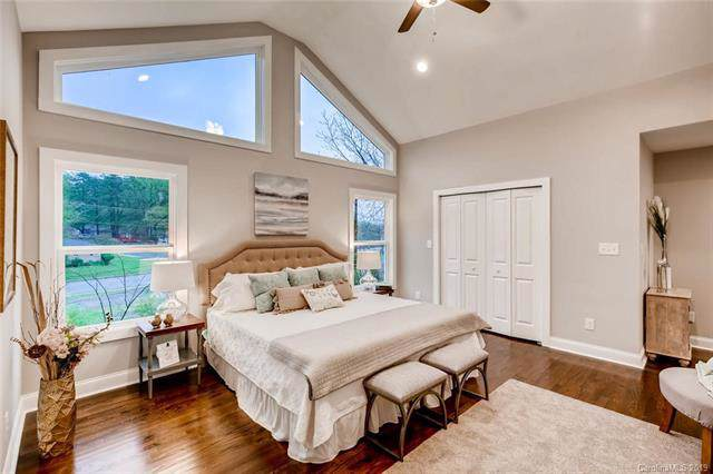 1801 Beckwith Place, Charlotte, NC 28205 (#3567327) :: LePage Johnson Realty Group, LLC
