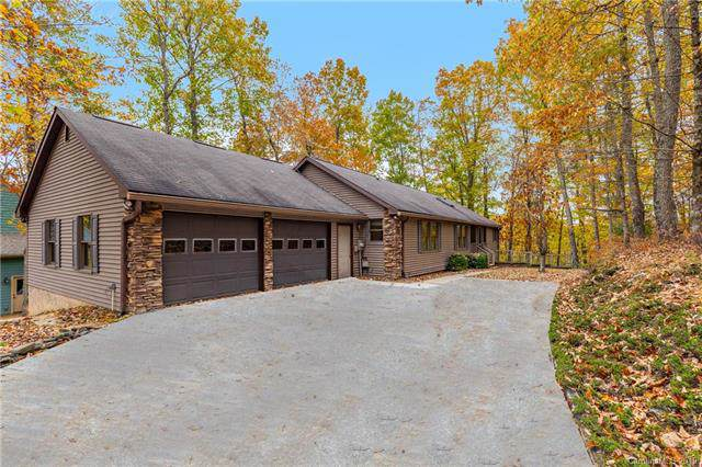 500 Cheestoonaya Way, Brevard, NC 28712 (#3567820) :: Washburn Real Estate