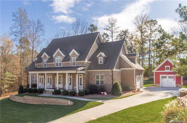 6297 Fox Chase Drive, Davidson, NC 28036 (#3569332) :: Mossy Oak Properties Land and Luxury