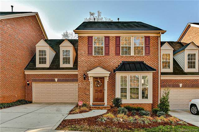 3415 Park South Station Boulevard, Charlotte, NC 28210 (#3570352) :: Keller Williams South Park