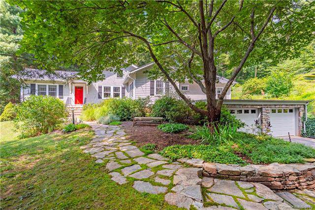 335 Chunns Cove Road, Asheville, NC 28805 (#3571938) :: LePage Johnson Realty Group, LLC