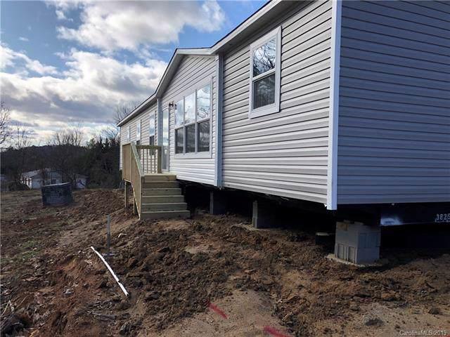 7 Saranac Lane, Hendersonville, NC 28792 (#3571942) :: RE/MAX RESULTS