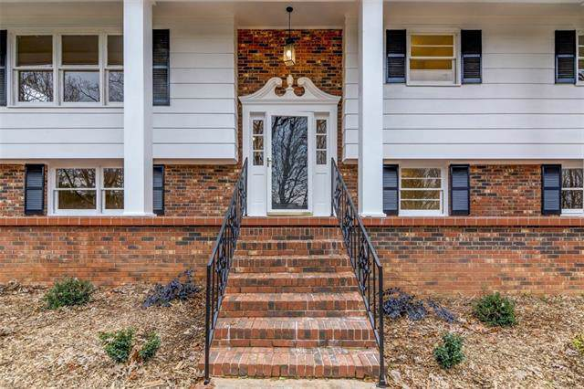 829 6th Street Circle W, Newton, NC 28658 (#3573477) :: Stephen Cooley Real Estate Group