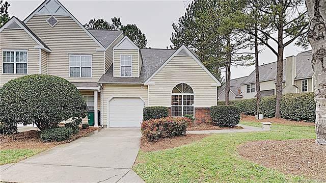 5940 Moose Lane, Charlotte, NC 28269 (#3574099) :: Austin Barnett Realty, LLC