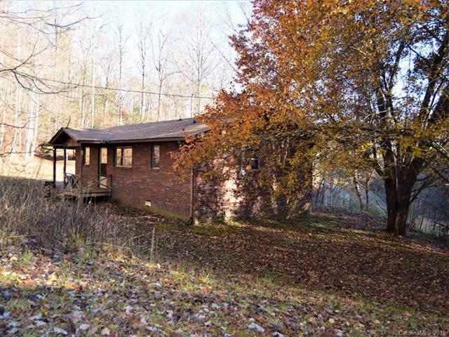 27 Romancer Road, Sylva, NC 28779 (#3574331) :: Carver Pressley, REALTORS®