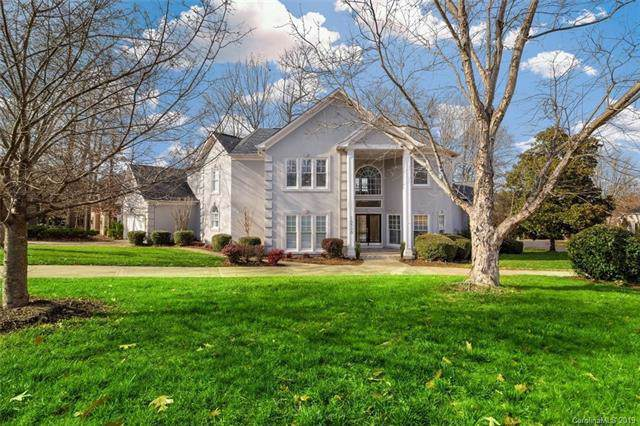 16300 Autumn Creek Court, Charlotte, NC 28278 (#3575068) :: Besecker Homes Team