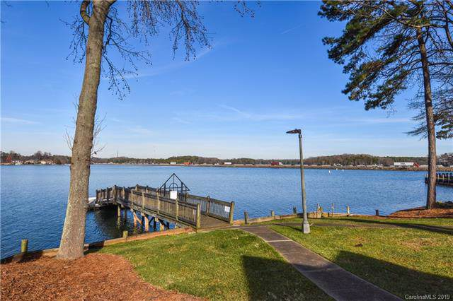 334 Northwest Drive Unit 34, Davidson, NC 28036 (#3576471) :: LePage Johnson Realty Group, LLC
