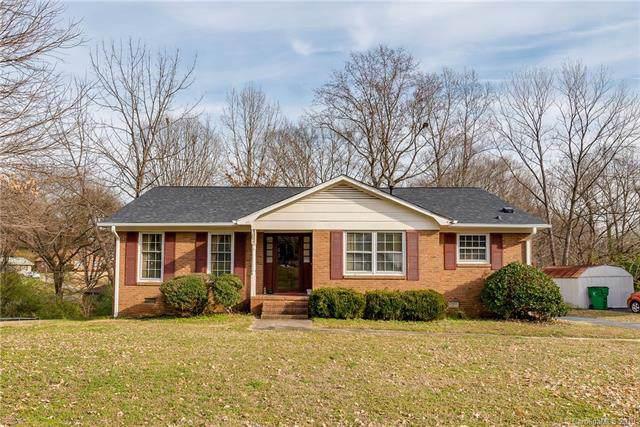 6300 Eagle Peak Drive, Charlotte, NC 28214 (#3577606) :: LePage Johnson Realty Group, LLC