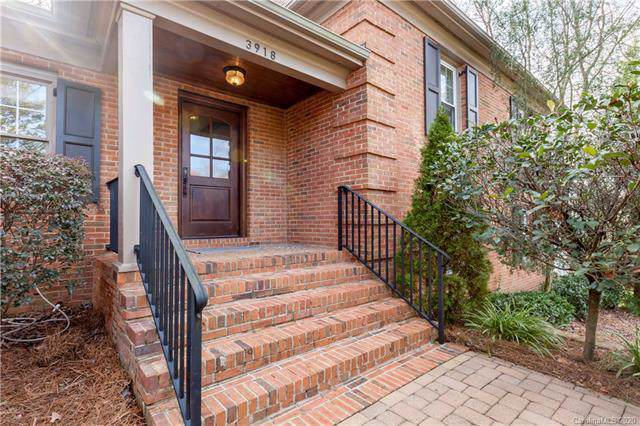 3918 Chevington Road, Charlotte, NC 28226 (#3581828) :: Stephen Cooley Real Estate Group