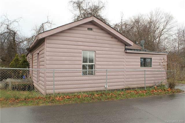 422 Riverbend Street, Waynesville, NC 28786 (#3582829) :: The Ramsey Group