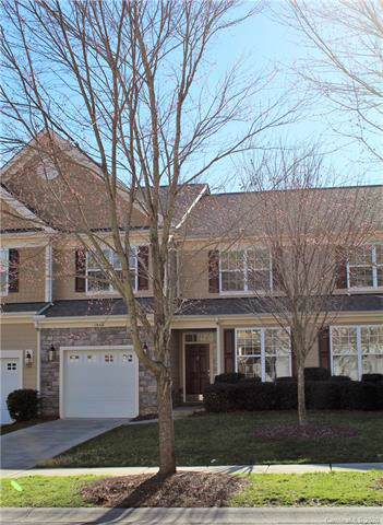 1046 Silver Gull Drive, Tega Cay, SC 29708 (#3583567) :: LePage Johnson Realty Group, LLC
