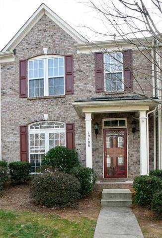 19108 Juanita Lane, Cornelius, NC 28031 (#3585723) :: Mossy Oak Properties Land and Luxury