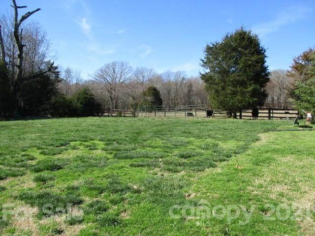 9708 Hambright Road, Huntersville, NC 28078 (#3592523) :: Carlyle Properties