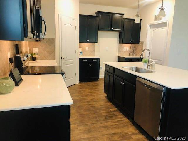 8023 Pastime Lane, Lake Wylie, SC 29710 (#3642664) :: MartinGroup Properties