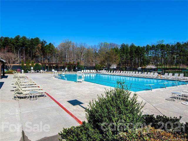 114 Hoskins House Court #236, Mooresville, NC 28117 (#3643385) :: Home and Key Realty