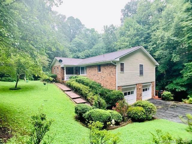 100 Creekstone Lane, Hendersonville, NC 28791 (#3646252) :: Johnson Property Group - Keller Williams