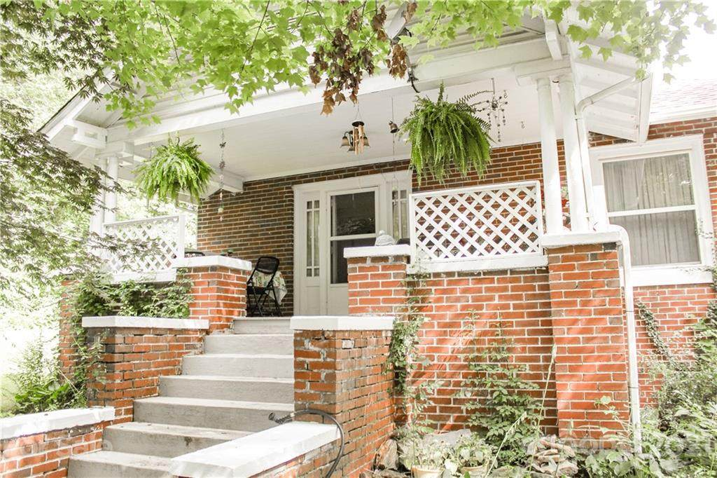 79 Hazel Avenue - Photo 1