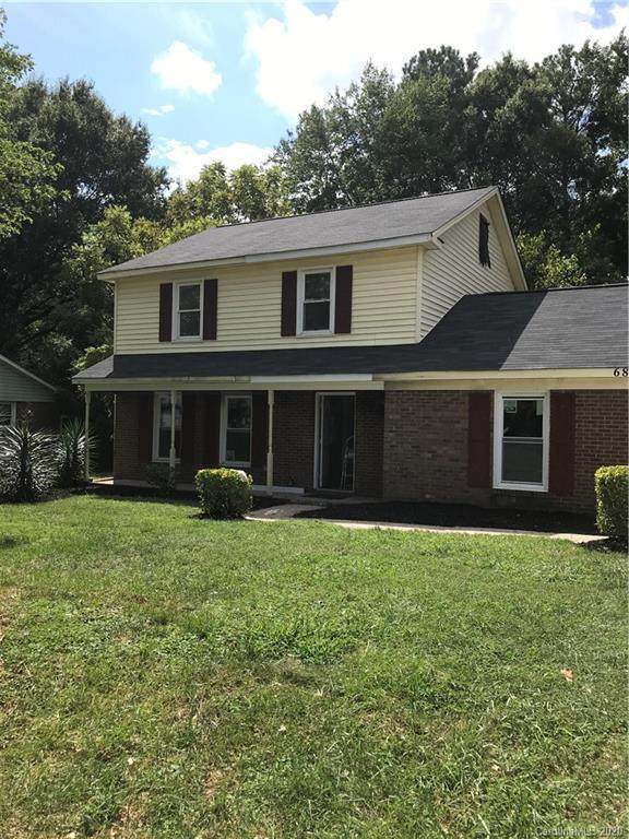6815 Covecreek Drive, Charlotte, NC 28215 (#3652249) :: Caulder Realty and Land Co.