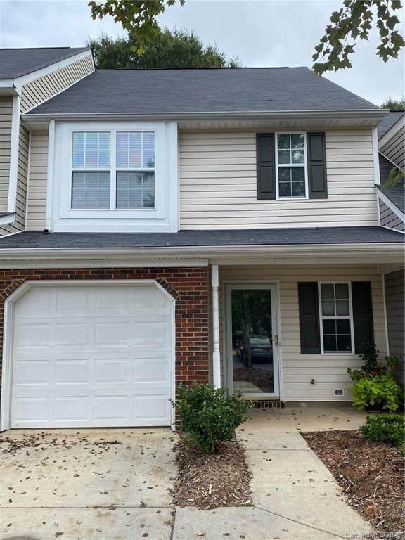 9422 Elizabeth Townes Lane, Charlotte, NC 28277 (#3662535) :: Rinehart Realty