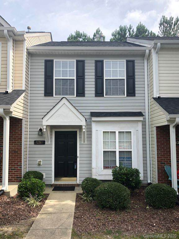 12512 Hennigan Place Lane, Charlotte, NC 28214 (#3662934) :: Stephen Cooley Real Estate Group