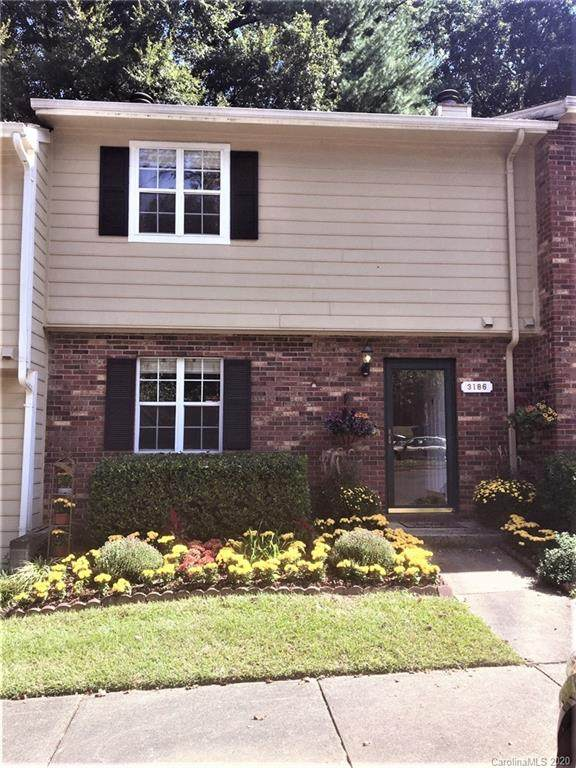 3186 Heathstead Place, Charlotte, NC 28210 (#3666327) :: The Mitchell Team