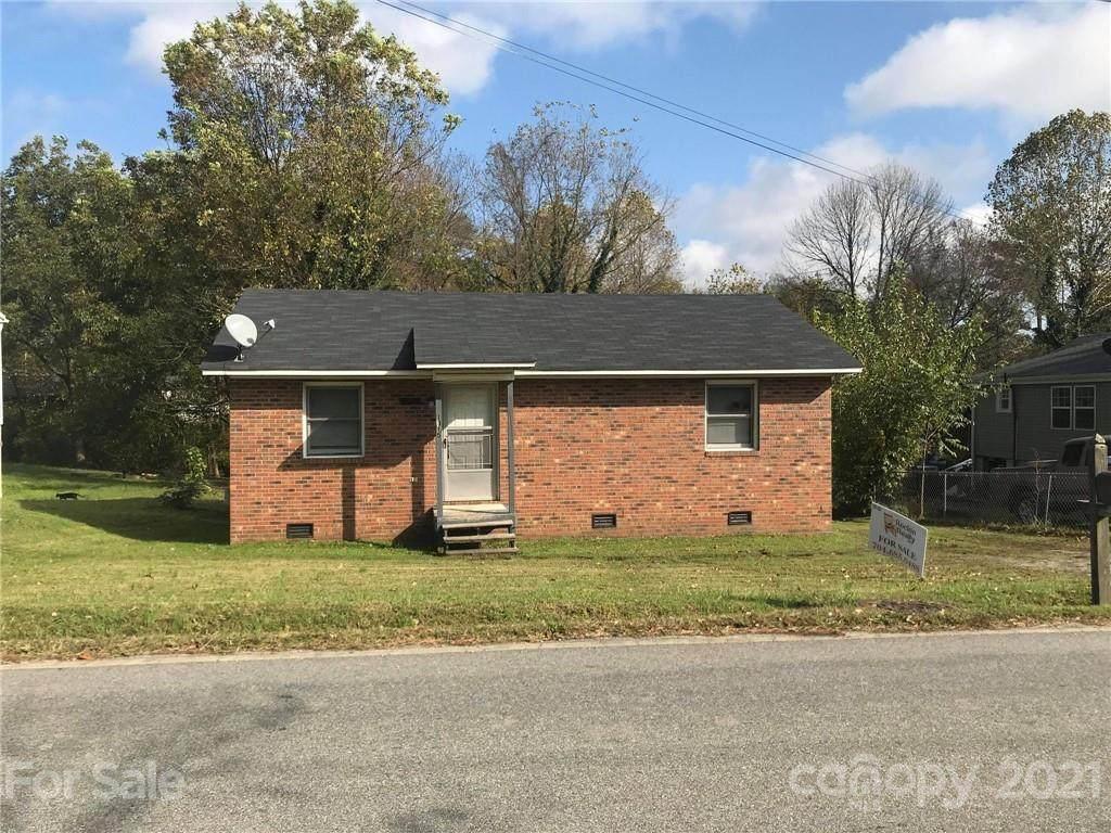 1015 Hickory Chapel Road - Photo 1